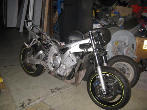 R6 Yamaha na díly